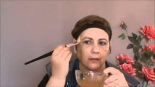 טיפול פנים טבעי לעור יבש - מסכת פנים מדבש