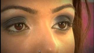 איפור מעושן שחור, (Smoky Eyes) -איל מקיאג'