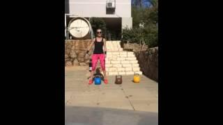 אימון עם קטלבלס לחיטוב של כל הגוף