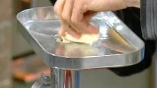 שגב במטבח - עונה 1 פרק 44 - מרק עם קניילעך עוף