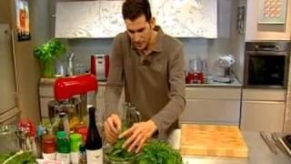 שגב במטבח - עונה 1 פרק 26 - מרק מנגולד עם לבבות ארטישוק