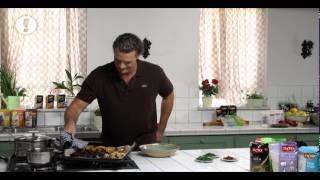 מתכון לסלט חם של אורז אדום עם ירקות צלויים