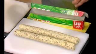 עוגיות גבינה מלוחות עם גרעינים - מיקי שמו