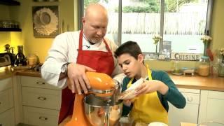 מבשלים עם ילדים: בראוניז שוקולד־בננה