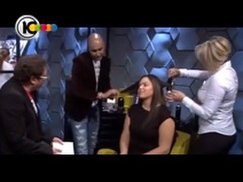 צחי רביבו מומחה לתוספות שיער מדגים תוספות שיער בטלויזיה משה דץ ערוץ 10