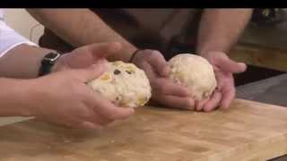 לחם פירות יבשים עם קמח שיפון – לחם דקור, מתוך 'מיקי שמו עושה בית ספר' - פרק 6 - לחם