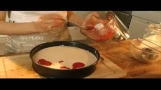 עוגת גבינה עם מערבולת תות שדה של שי לי ליפא
