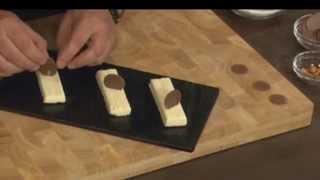 מוס חלבה וקראסט פרלין ושומשום, מתוך 'מיקי שמו עושה בית ספר' - פרק 7 - חלבה