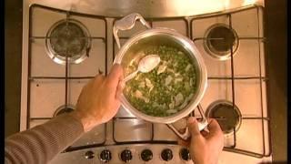 מרק אפונה חורפי עם נענע