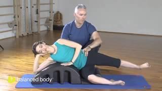 פילאטיס לספורטאים (53/1): רוטציה של הירך ועמוד השדרה לשחיינים